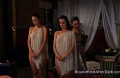Sex Romantic Cu Grase Xxx Cu Doua Sclave Linse In Pizde De Regina Lezbi