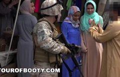 Xxx Cu Araboaice Bune Futute De Doi Militari Film Porno Real