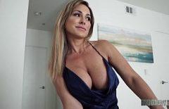 Filme Porno In Romana Cu Mame Sexy Ce Iau Pula In Gura